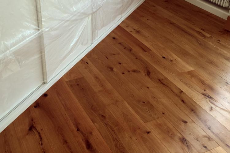 Timbawood suelos y tarimas tarima roble eco line - Tarima flotante color roble ...